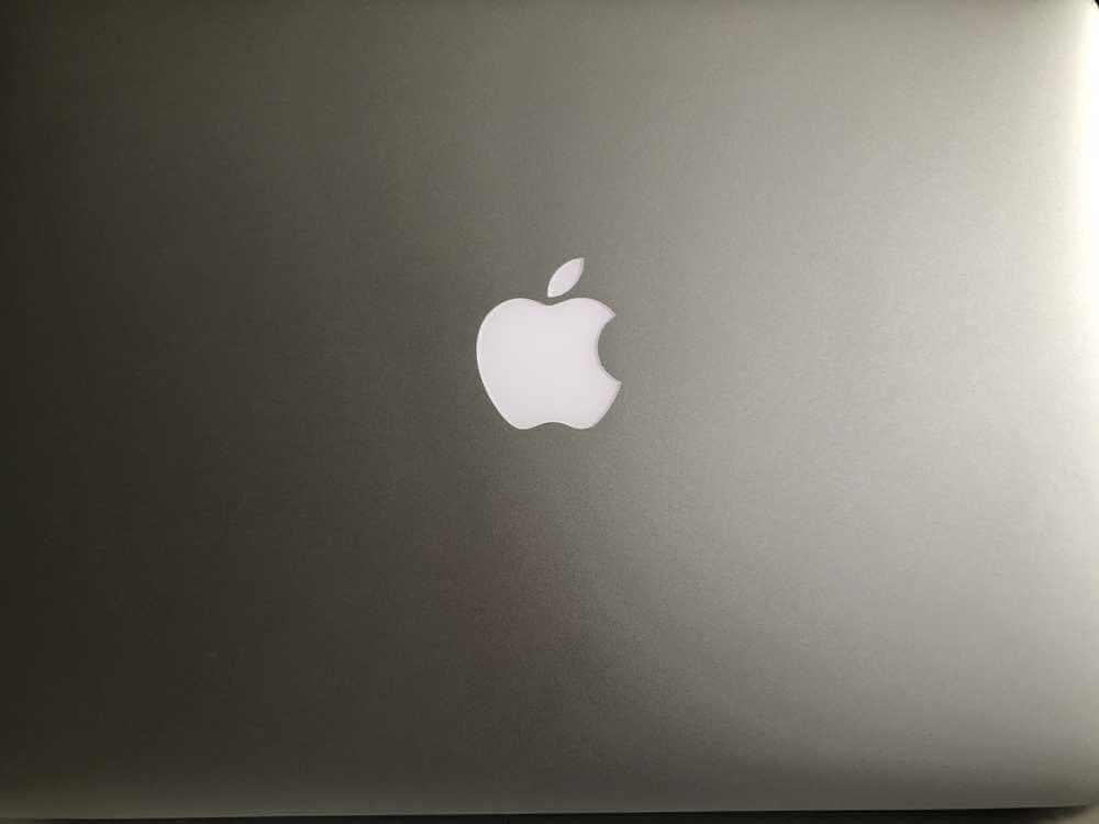 100 tysięcy dolarów nagrody od Apple za wykrycie błędu w funkcji logowania